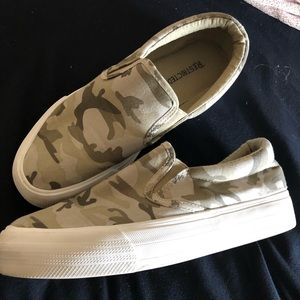 Restricted Shoes - Restricted Camo Slip On Sneakers